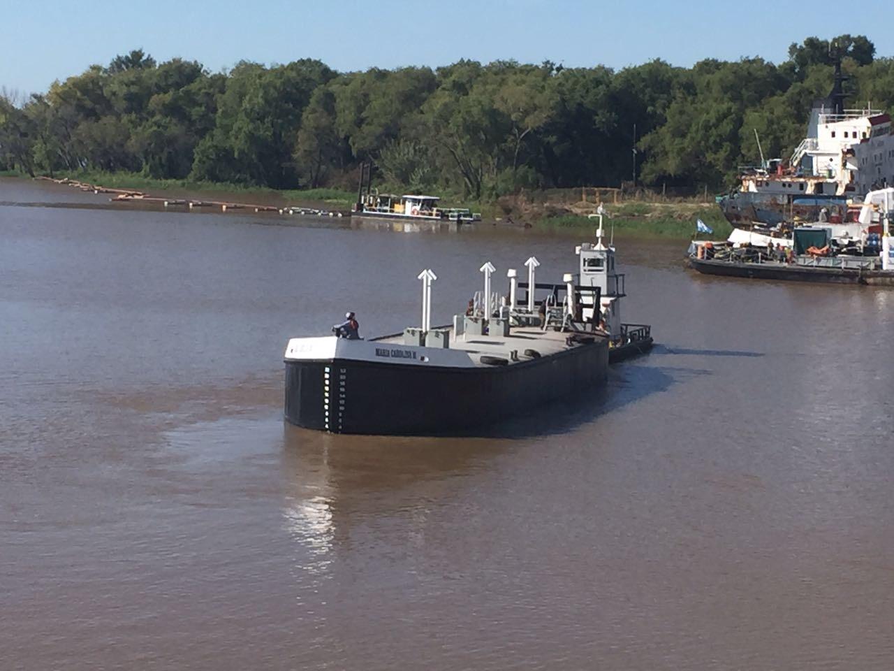 servicios flota fluvial mariacarolina
