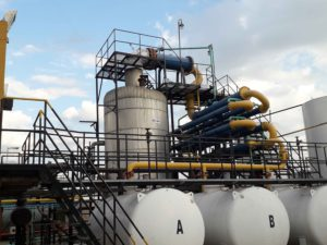 Destilación: Tratamientos de residuos peligrosos y saneamiento #1 | Grupo Quimiguay